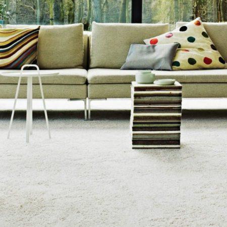 Teppichboden-creme